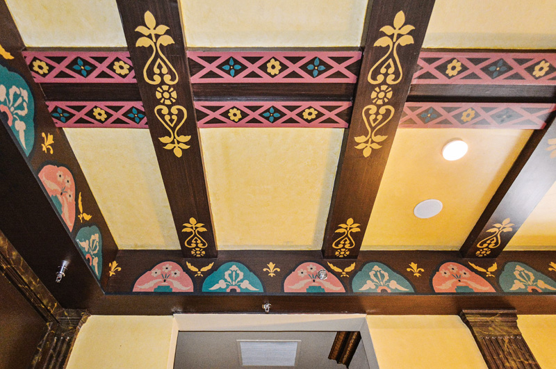 The ceiling finishes in the tenth-floor ballroom lobby were replicated.