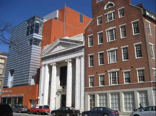 Chace wing, at left, of the RISD Museum of Art, in Providence. Photo: leslieanddevan.wordpress.com